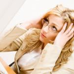 女性の85%はSNSを見てイライラしていることが判明
